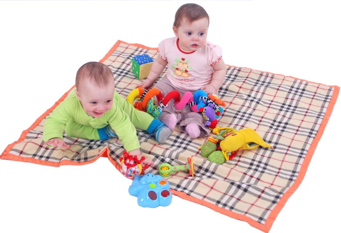 Коврик для малыша на пол для ползания своими руками
